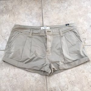 Abercrombie and Fitch Pleated Khaki Shorts